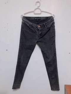 Penshoppe Black Maong Pants