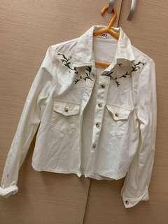 白色牛仔薄外套