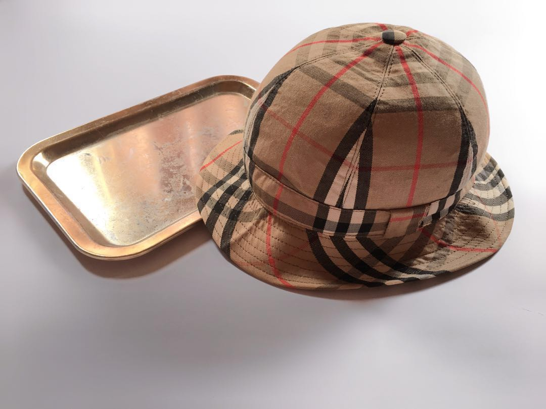 ☆ BURBERRY VINTAGE NOVA CHECK BUCKET HAT  60af1276e3f