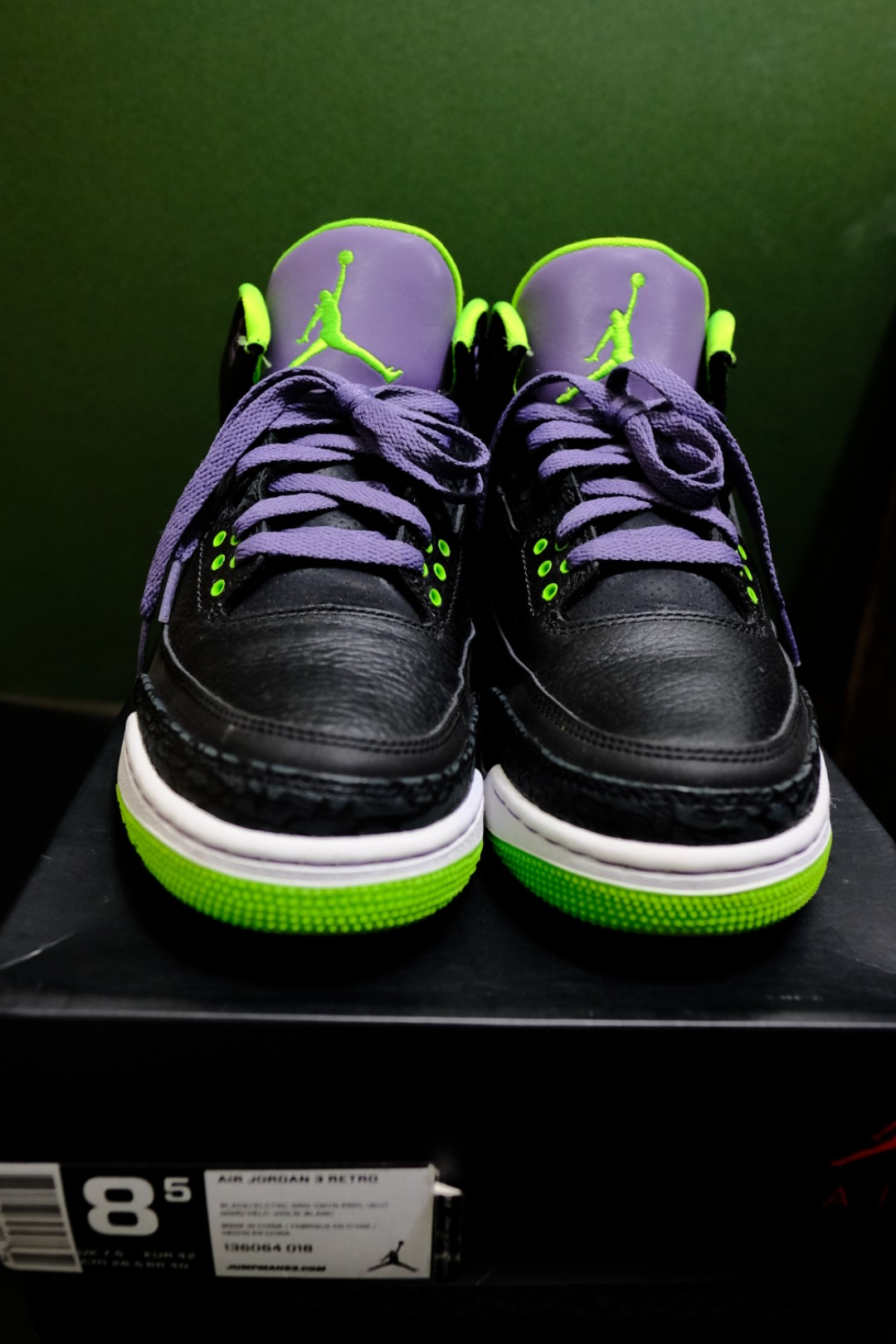 608f3792990b8a Air Jordan 3 Retro (joker)