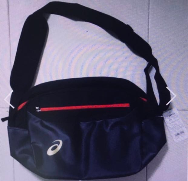 8d1a3c1845f ASICS Sports Sling Shoulder Bag, Sports, Sports Apparel on Carousell