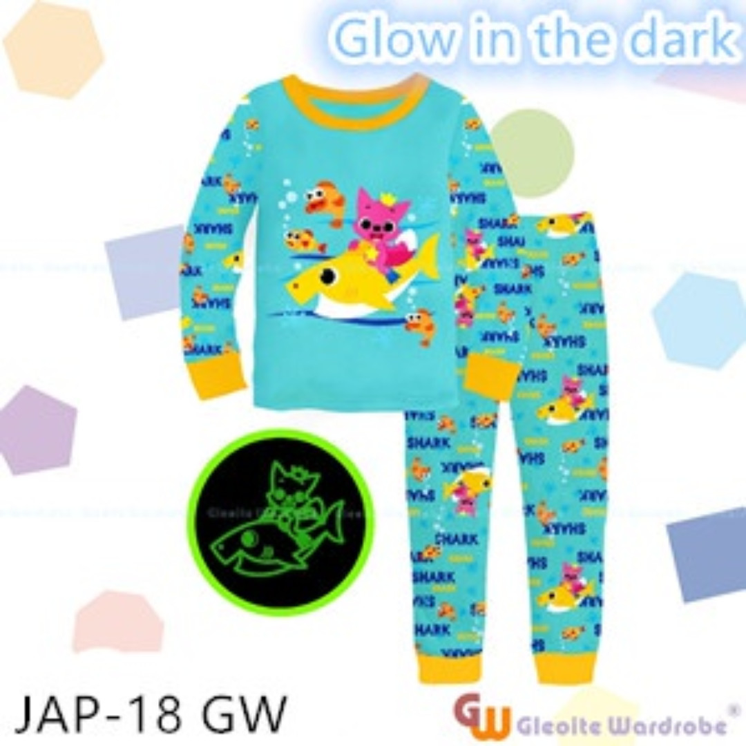 eb03cb28b BABY SHARK GLOW IN THE DARK PJS