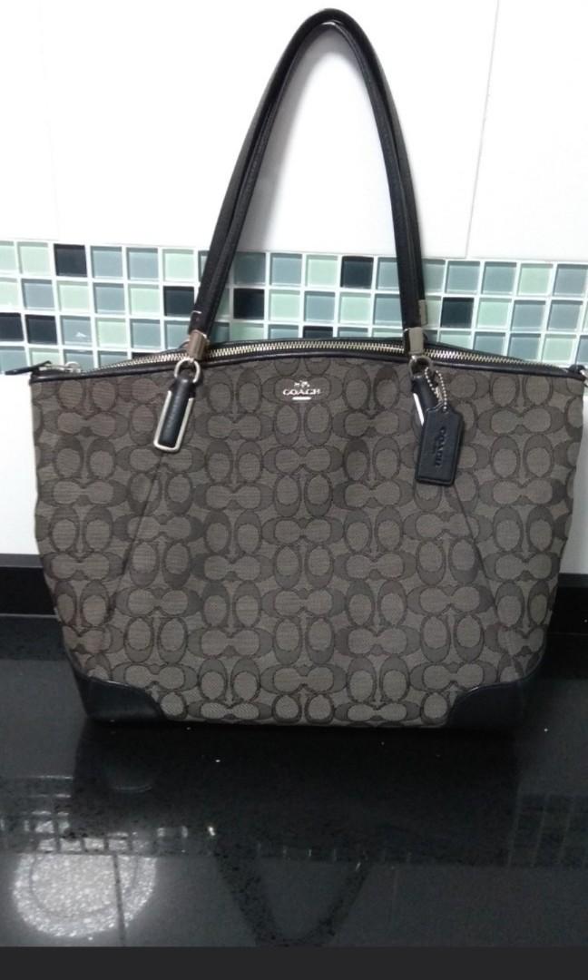 be36b1c173 Coach Handbag (Used)