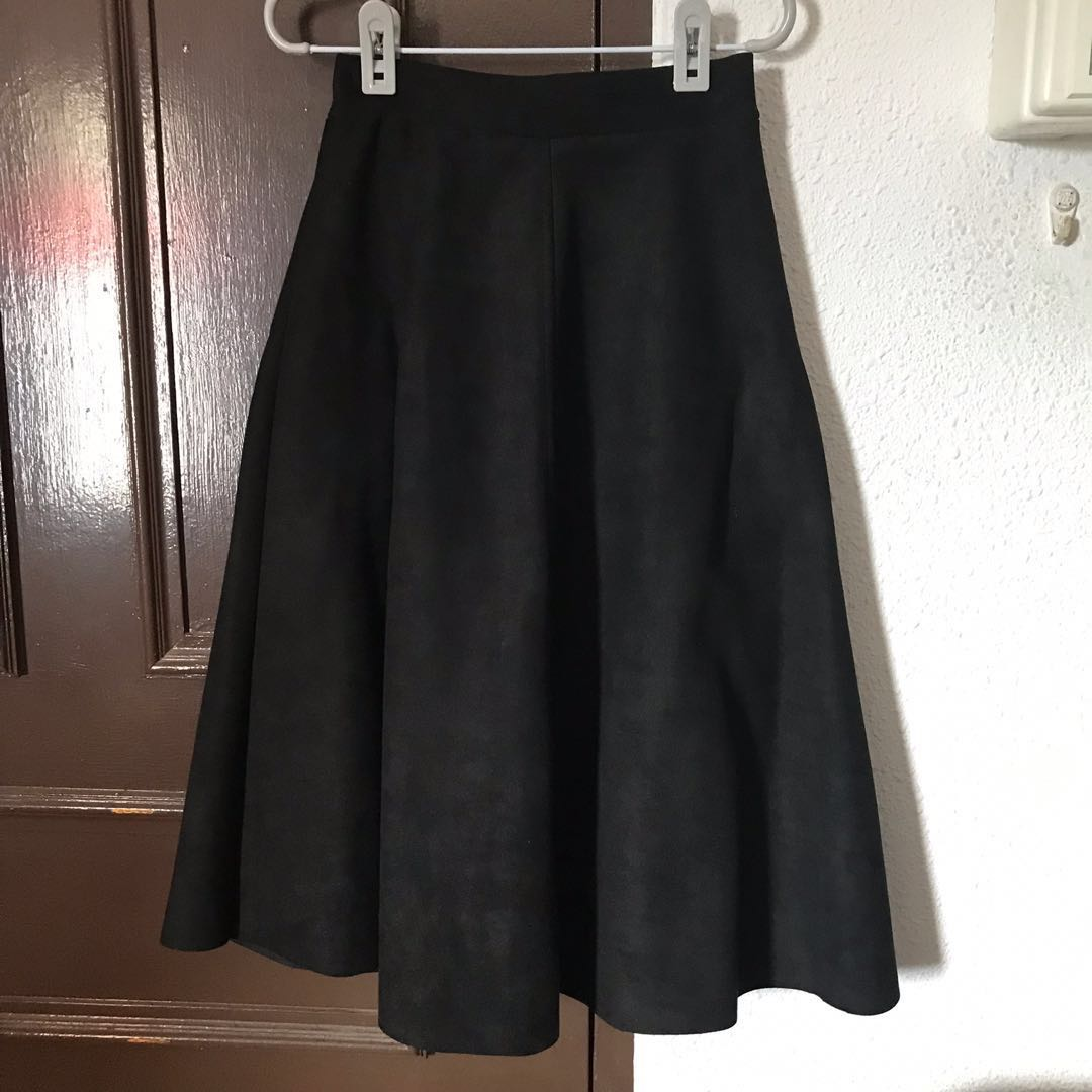 af89e6fb63 High Waist Suede Black Midi Skirt, Women's Fashion, Clothes, Dresses ...