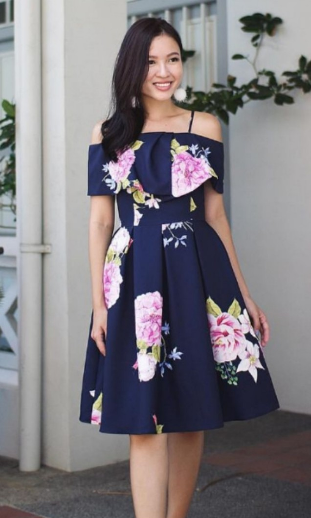 e88db49a3 Lace & Ebony Ridley Dress (S), Women's Fashion, Clothes, Dresses ...