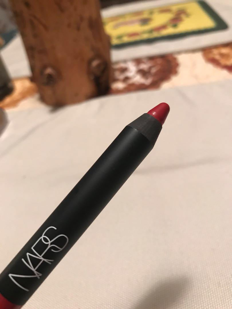 NARS Velvet Matte Lipstick Pencil in Mysterious Red