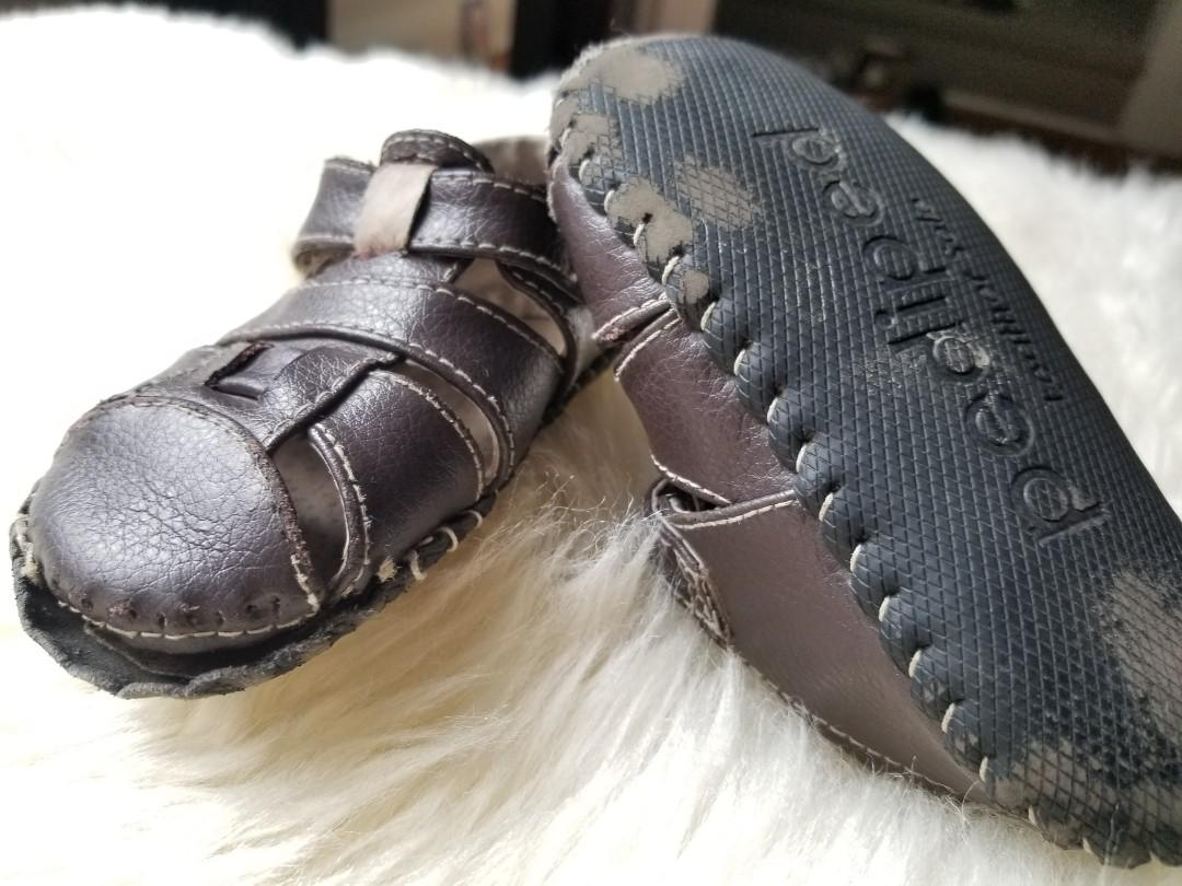 Pediped leather shoes size eu21 us 5.5/6. Perfect for spring break. Stitches needed in the toe area. All leather. Free with any purchase only because it's too hard to Meetup. Pick up Gerrard and Main or Yorkville.