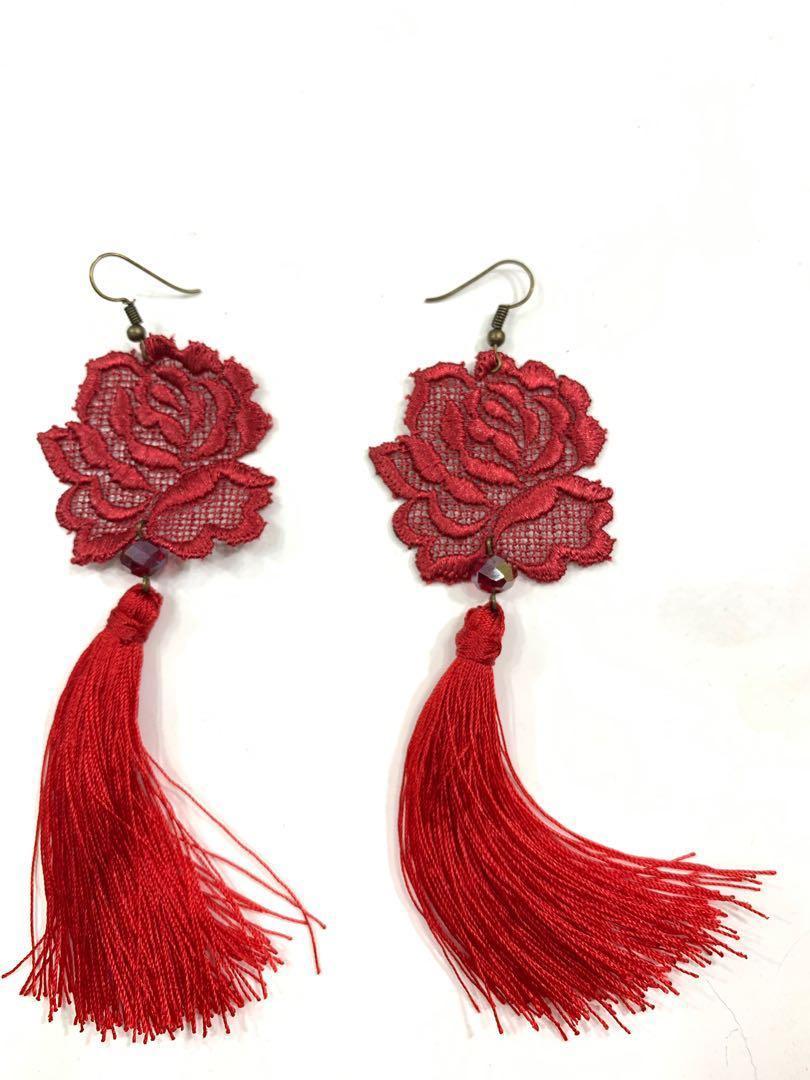 Rose laces