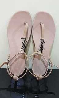 🚚 Saint Laurent sandal