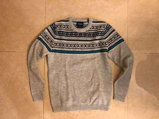 pull and beat knit sweater