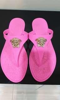 🚚 Versace sandal