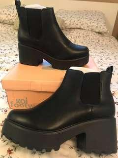 Black Chunky Boots 8