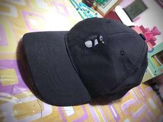 PRELOVED PENGUIN CAP