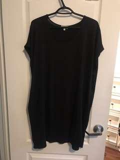 Black Aritzia T-shirt Dress