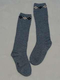 氣質及膝襪,適合約120公分穿