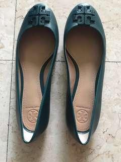 🚚 Tory Burch  shoes (size US 8.5M. New