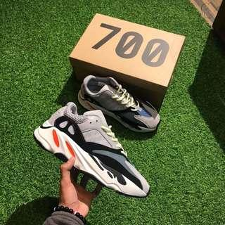 YEEZY BOOST 700 GREY