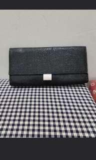 Guerlain La Petit Robe Noire clutch #TRU50