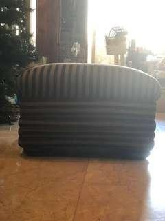 Set of 2 ottoman chairs