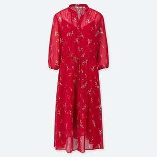 🚚 Brand New Uniqlo chiffon red floral dress