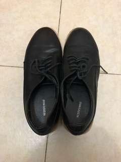 🚚 Editor's Market Black Shoes