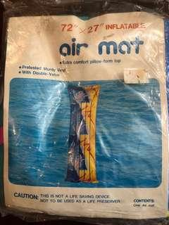 Inflatable air mat