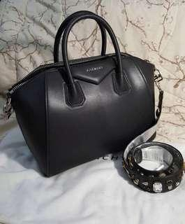 Givency Antigona bag