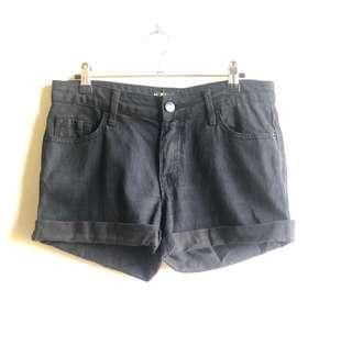 BDG (Urban Outfitters) black shorts New w/o tags