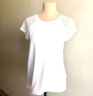 Forever 21 lace raglan tee