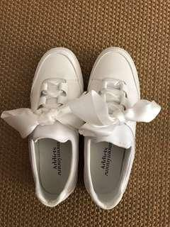 Ladies White Shoes From Addicts Anonymous Sz37