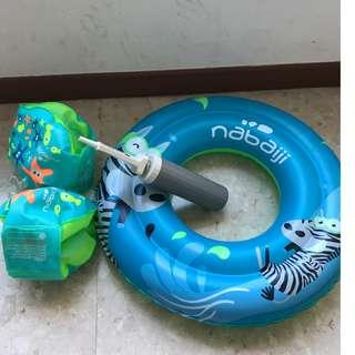 Inflatable kids swim ring and armbands with pump