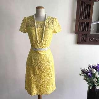 🚚 Dress (SALE) - Yellow Floral Lace Dress