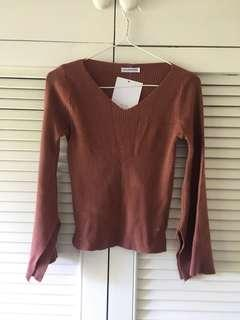 Brick red bell sleeved sweater
