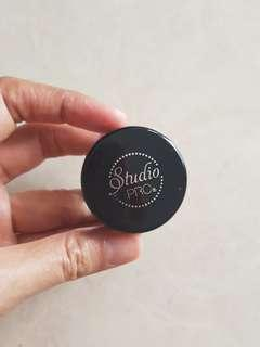 BH Cosmetics Studio Pro Brow Pomade (waterproof)