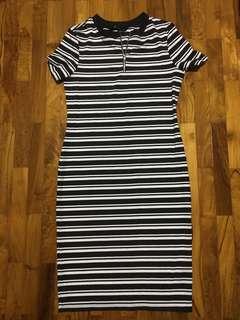 🚚 Black and white horizontal striped dress