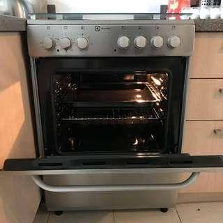 Electrolux Electric Stove and Oven