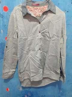 Kemeja shiny apparel