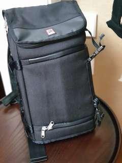 Chrome Niko Messenger Bag