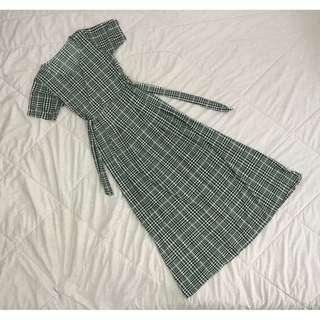 #MakeSpaceForLove Womens Grid Print Maxi Dress
