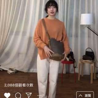 92pleats杏桃牛奶針織毛衣