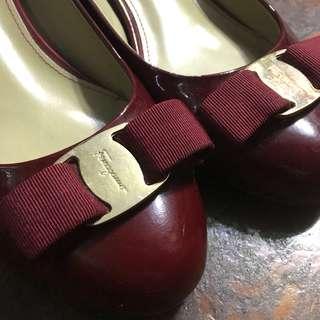 salvatore ferragamo red shoes size 37