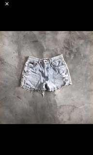 🚚 Ruffles Jeans Shorts