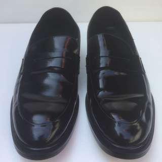 Pantofel Prada