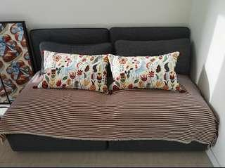 🚚 Vallentuna storage sofa! Good condition less than 2 yrs old.