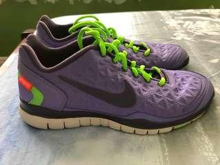Nike Womens Shoes Size 7.5