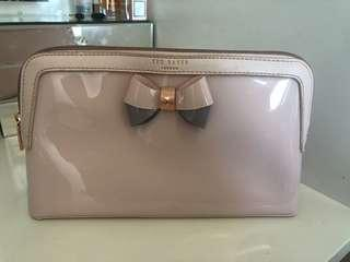 Ted Baker toiletry bag I