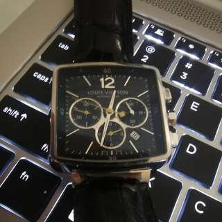 LV Louis Vuitton Speedy Chronograph watch