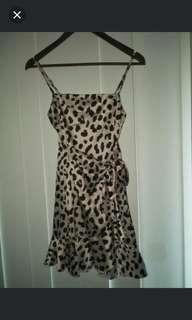 Silk cheetah dress size 8 will swap for similar dress in a different colour!!