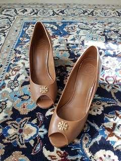 0967637ef Authentic Tory Burch Wedges 7M 37
