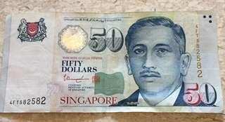 🚚 Singapore $50 Note with repeater serial number